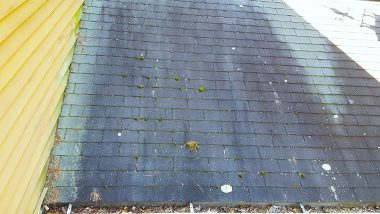 20150924 110800 dirty roof needs cleaning small
